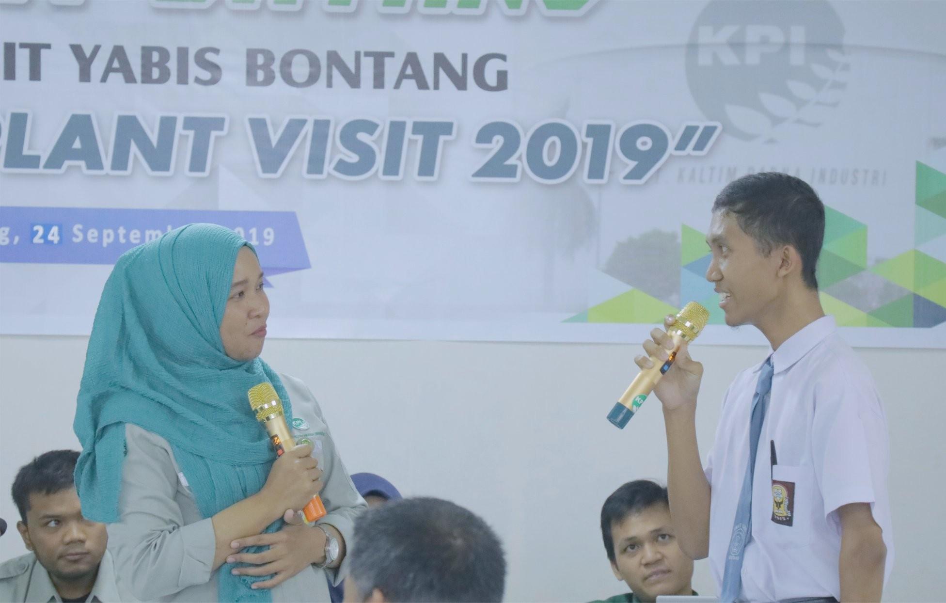 Kunjungi Pabrik Amoniak PT KPI, SMA IT YABIS Kenalkan Industri Petrokimia di Bontang